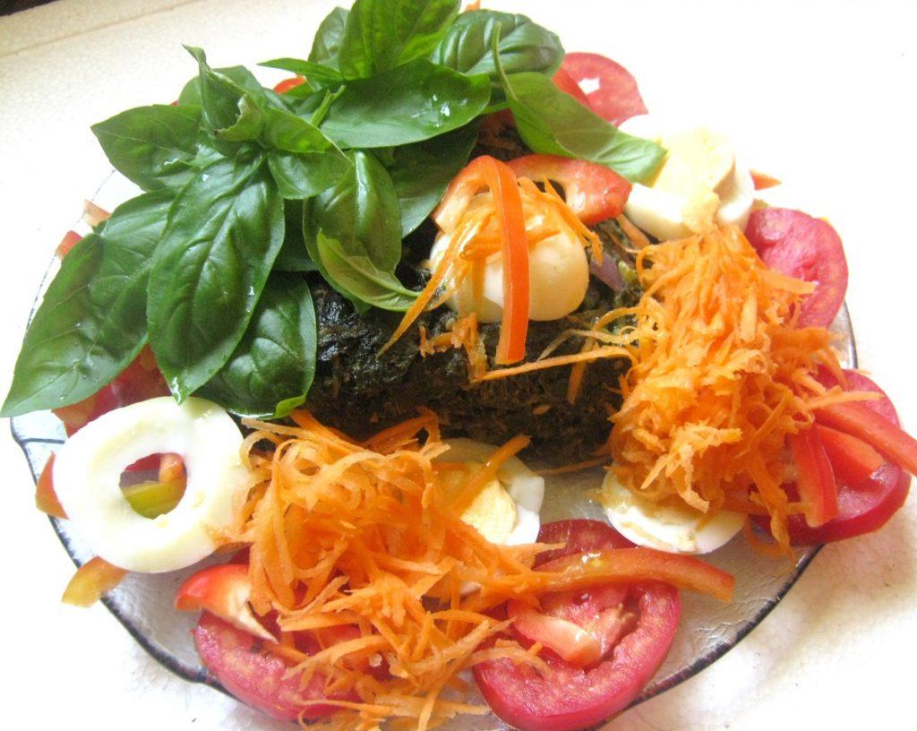 Ensalada De Lechuga Tomate Zanahoria Remolacha Huevo Y Recetas Saludables Creo que todas sabemos preparar una ensalada, pero yo quiero dejaros esta porque a mi me encanta y, de hecho, la suelo preparar muy a menudo. ensalada de lechuga tomate zanahoria