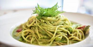 plato spaghetti salsa vegetales