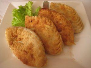Empanadas de zapallo (calabaza) con maíz (elote, choclo)