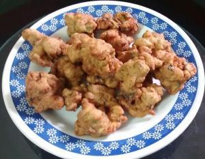 Buñuelos de hojas de remolacha (betabel, betarraga)