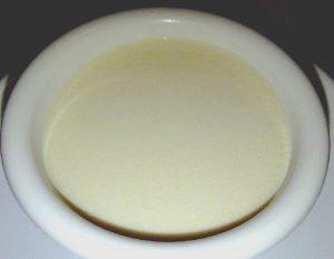 Salsa blanca con manteca vegetal y agua