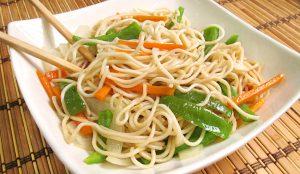 Fideos Fritos con Verduras estilo Chino