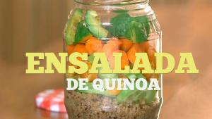 Ensalada de quinoa con mandarinas y verduras