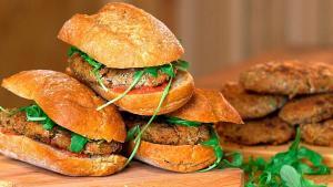 Hamburguesa vegana con quinoa